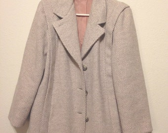 Vintage 1960's Herman Kay Tweed Oatmeal Coat // Button Down // Pink Silky Lining