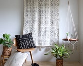 White Mud Cloth Tapestry, Mudcloth Wall Hanging, African Mudcloth, Geometric Wall Art, Mudcloth Throw, Tassel Tapestry, Bohemian Home Decor