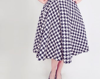 """50s Quilted Cotton Circle Skirt - Cream & Black Houndstooth 24"""""""