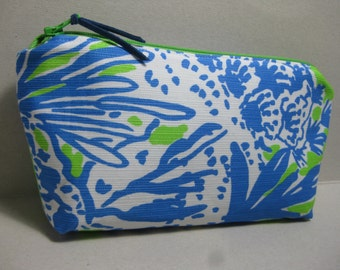 Lilly Pulitzer/MakeUp Bag/Cosmetic Bag/Pencil Case/Preppy/Sorority Gift (Limeades Biggest Fan)