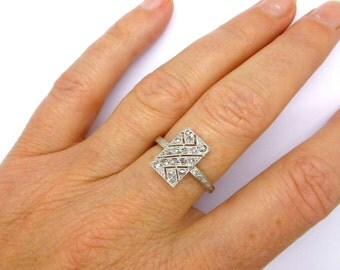 Antique Art Deco Platinum Rose cut Diamond ring 1920's millegrain engraved filigree plaque ring Vintage English Dinner ring*FREE SHIPPING