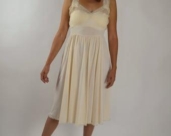Vintage Slip, Vintage Negligee, Slip Dress, Sheer Slip, Soft Pink, Pleated Accordion, Vintage Lingerie, Sheer Slip  Size 36