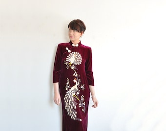 sequin velvet cheongsam dress . 1980 far east fantasy .small.medium .sale