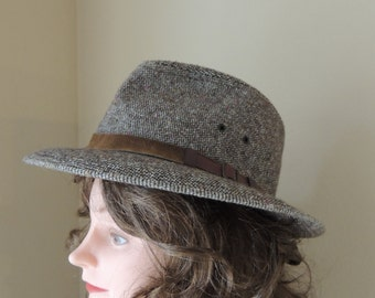 Medium Men's or Women's Artel Leather Trim Tweed Brown Hat. Medium Sized Brown Tweed Chapeau