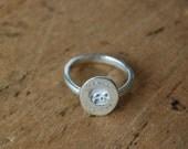 ES FUI plain sterling skull signet ring ∙ Victorian Memento Mori custom cast ring ∙ Latin epitaph Es, Fui; Sum, Eris