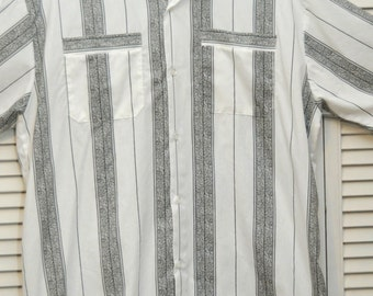 Vintage Men's Shirt/60's 70s Atomic Rockabilly/Short Sleeve/White & Black Stripes/Large/Blair/2 Pocket/Button Front/Abstract Pattern/