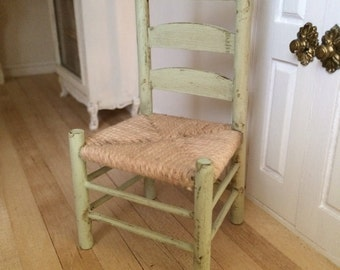 cottage chair for dollhouses. 1.12 scale