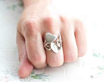 Interlocking Hearts Ring - Sterling Silver Love Ring Size 7.5