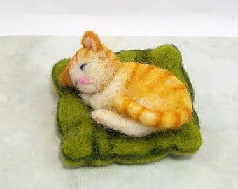 Needle felted Animal felted Cat felted Kitten Felted Orange Cat needle felted pet gift MADE TO ORDER