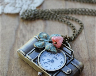 Camera Necklace,  Camera Pocket Watch Necklace,  Photography Necklace, Steampunk Necklace, Vintage Necklace