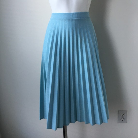 turquoise pleated skirt accordion pleats mid calf length 70s