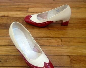 1970s Red & White Wingtip Heels, 7.5