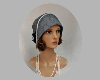 Grey cloche hat with black flower, 1920s cloche hat, Great Gatsby hat, Downton Abbey hat, Charleston hat, flapper hat, 1920s fashion