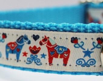 Dala Horses on White Dog Collar/Swedish Dog Collar/Adjustable Dog Collar