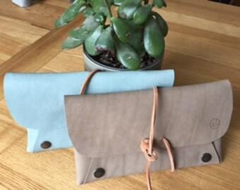 Lace - Kit - case leather pouch