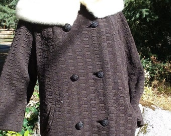 1950s Ladies Brown Wool Boucle  Coat with Mink Collar -Womens 18 to 20