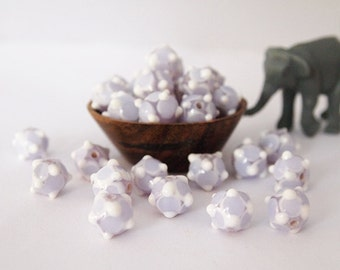 8 Lampwork Bump Beads Round Glass Lilac White size 9-10mm Hole 1.5mm