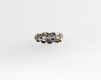 Emerald Spring Wedding Band - in silver and 18K yellow green gold