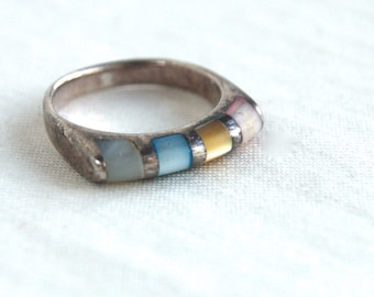 Southwestern Bar Ring Size 5 .25 Pastel Mother of Pearl and Cats Eye Stacking Band Vintage Striped Jewelry