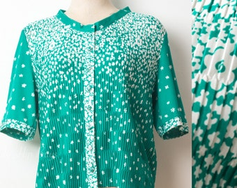 Vintage top, Vintage Green Top, 60s Top, Vintage Green Floral top, mad men top, pleated top, plus size - 1XL/2XL