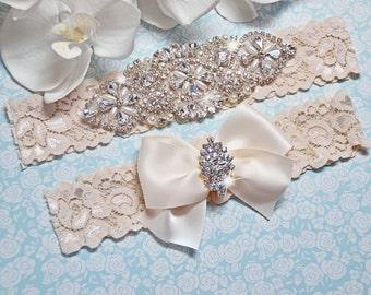 Wedding Garter Set, Wedding Garter, Garter, IVORY Lace Wedding Garter Set, Ivory Bridal Garter Belt, Crystal Garter Style -505