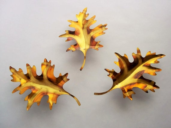 Brass Leaves Wall Hanging Nature Décor Multicolor Gold
