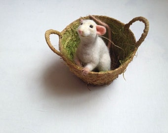 Realistic Mouse Needle felted animal Felt mouse Needle felt mouse figure Cute mouse Wool mouse Mouse art Mouse sculpture white mouse