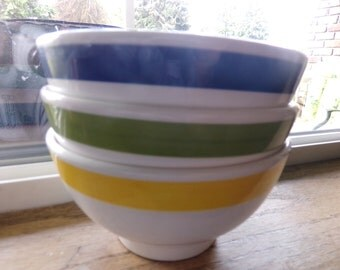 Ceramic bowls made in Italy, Quadrifoglio Italy bowls, set of three bowls, Vintage Made in Italy bowls