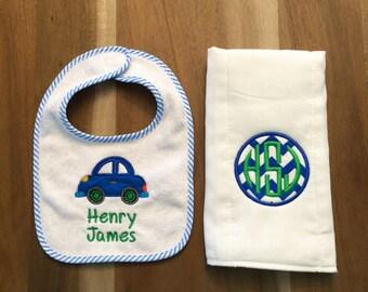Beep Beep Car Baby Gift Set : personalized bib + burp cloth, applique, monogram