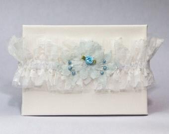 Garter 076 - Vintage Garter, Lace Garter, Wedding Garter, Liga de Bodas, Garter, Toss Garter. Made with a variety of laces & materials.