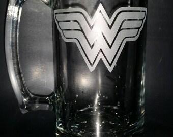 Wonder Woman Sand Carved Glass Mug