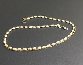 Ladies Braided Medici Bead Necklace Vintage
