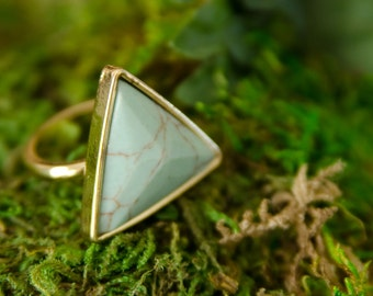 Triangle Marble Gold Ring