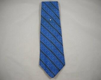"VINTAGE '60s-'70s Necktie Weinstock's Diagonal Blue Jacquard 100% Polyester 57"" long x 4 1/2"" widest Hipster/Retro/Jacquard Weave/Geometric"