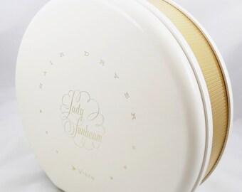 Lady Sunbeam Vista Hair Dryer, Working, White with Gold Trim Portable Hair Dryer, Retro Hair Care