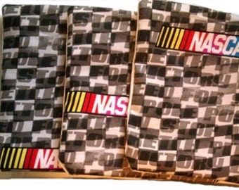 NASCAR Checkers with White Cornhole Bags