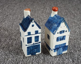 Vintage Delft Rinebende Hand Painted Bottle Houses Set Of 2