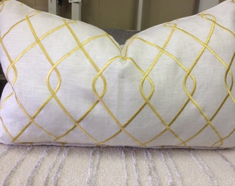 14x24 Yellow and White Trellis Pattern Pillow Cover w/ Zipper