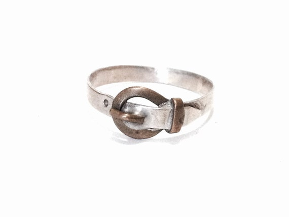 Belt Ring CLLEWISLLC