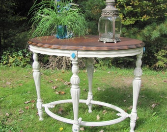 SOLD *******Table entry/side/end, Shabby chic, cottage chic,  wood top, painted, antique