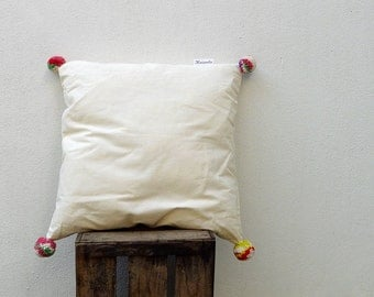Pompom pillow, Adufe Pillow, Handmade Simple cushion, Cotton and Wool Pillow (L)