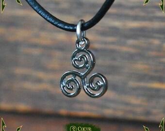 Necklace triskel pendant