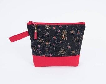 Essential Hearts Zipper Pouch