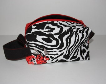 Small Box Bag - Zebra and red flowers