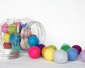 3 cm Wool Felt Balls - Pick Your Own Colors