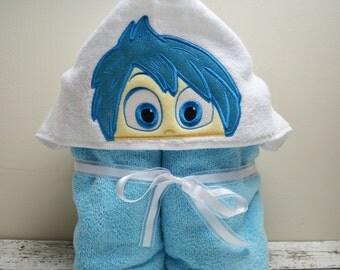 Happy Children's Hooded Towel - Baby Towel - Childrens Hood Towel - Bath Towel - Beach Towel - Personalized Towel - Character Towel