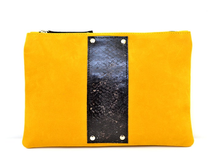 Sale / / pouch HUGO - fish leather