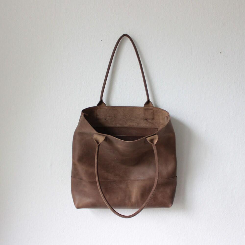 brauner leder shopper tote bag ledertasche von sjaelv auf etsy. Black Bedroom Furniture Sets. Home Design Ideas