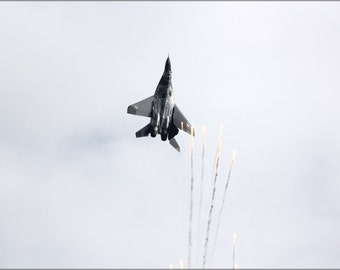 24x36 Poster . Mig-29A 67 Flying Aerobatics Over Oulu Airport