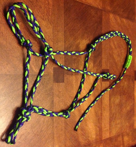 Horse tack rope halter paracord standard horse size neon for Paracord horse bridle